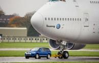 Volkswagen Touareg + Boeing 747